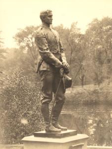 SPS War Statue