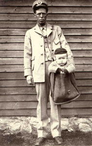 Mailman_with_Child